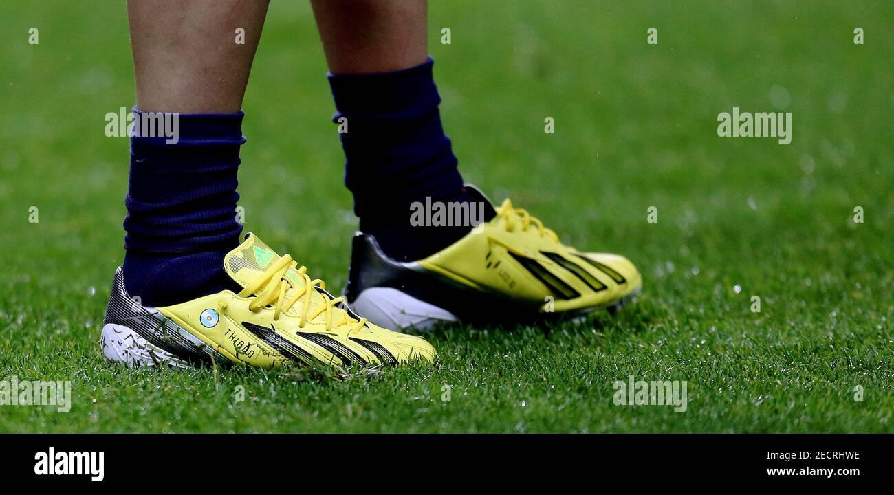 Adidas Messi Stockfotos Und Bilder Kaufen Alamy