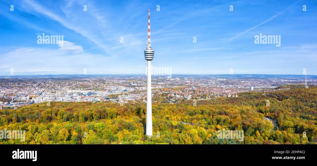 Stuttgart tv Turm Skyline Luftbild Panoramablick Stadtarchitektur Reisen Copyspace Kopieren Raum Reisen Stockfoto