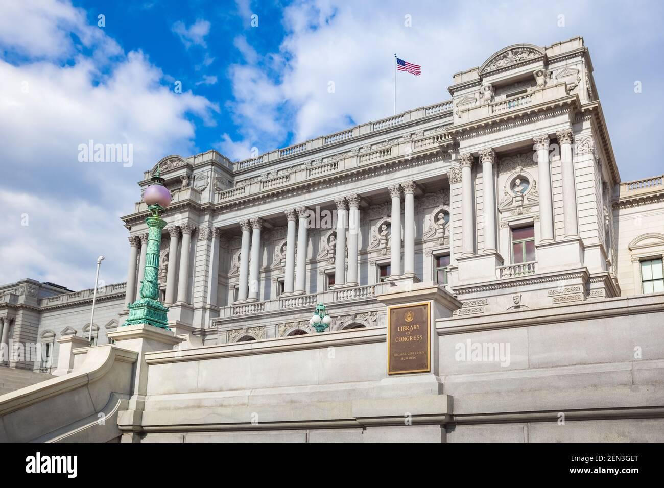 Außenansicht des Thomas Jefferson Building der Library of Congress auf dem Capitol Hill in Washington, DC. Kunstvolles Gebäude in Beaux-Arts Stockfoto