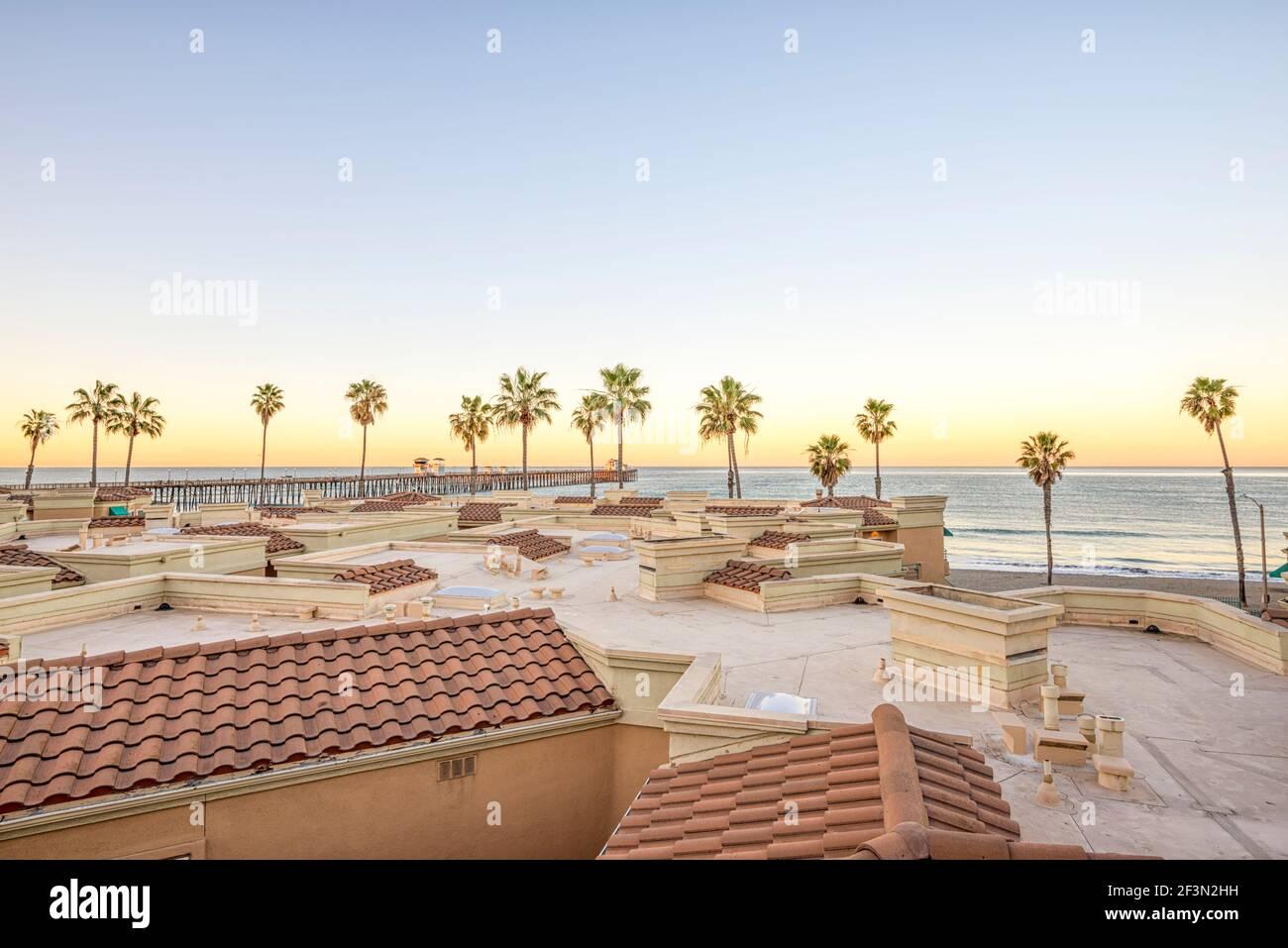 Blick auf die Küste an einem Wintermorgen. Oceanside, Kalifornien, USA. Stockfoto