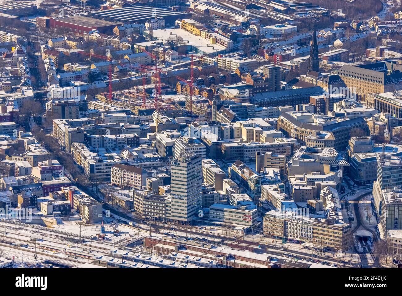 , Luftbild, Blick in die Innenstadt, Baustelle und Neubau für dreiteiligen Gewerbebaukomplex Viktoria Karree, Viktoriastraße, ehem Stockfoto
