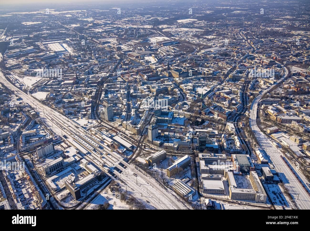 Luftaufnahme, Stadtansicht, Hauptbahnhof, Gleisdreieck, Bochum, Ruhrgebiet, Nordrhein-Westfalen, Deutschland, Bahngleise, Bahnhof, Stadt, DE, Deutsche Stockfoto