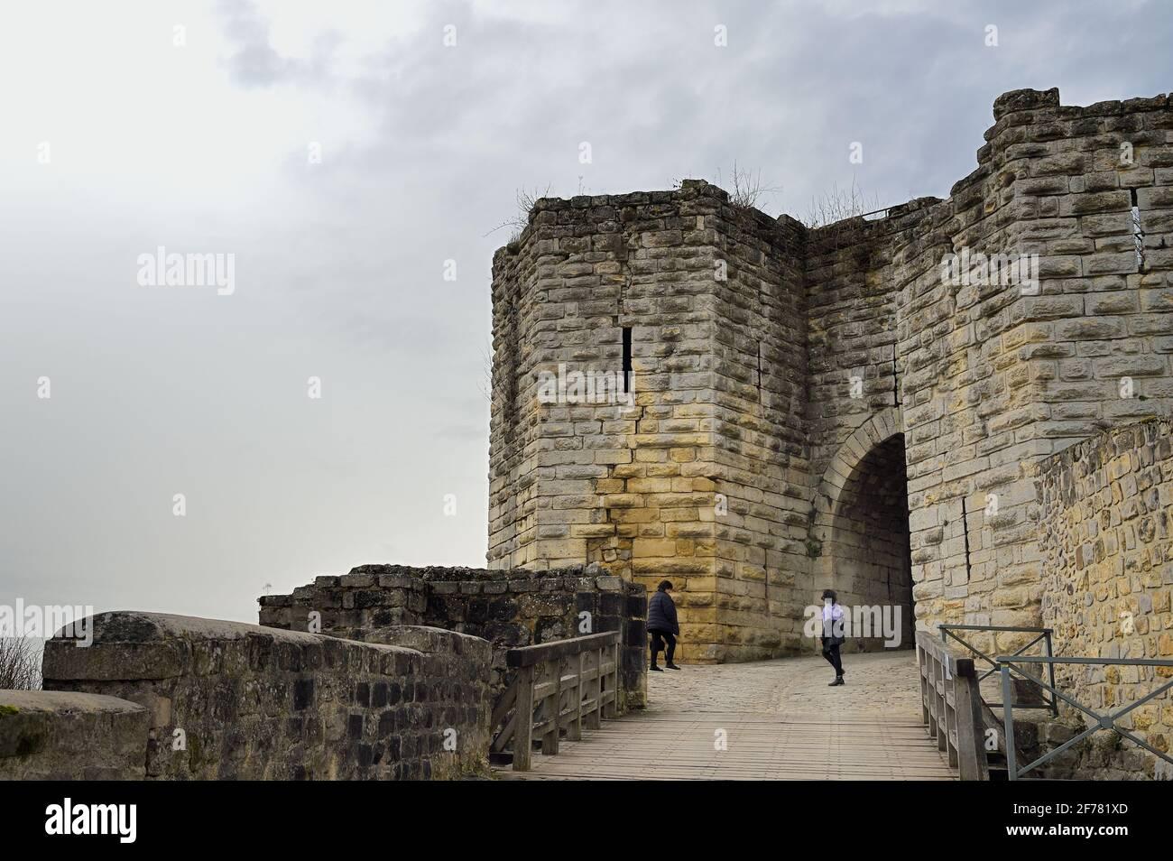 Frankreich, Aisne, Château-Thierry, das Saint-Jean-Tor des alten Schlosses Stockfoto