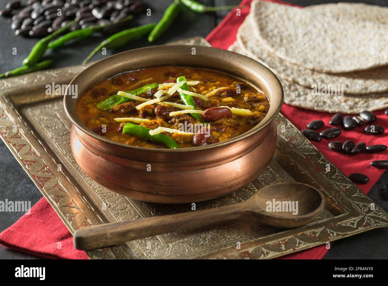 Rajma Masala. Rotes Nierenknierenknierenkr Indische Küche Stockfoto