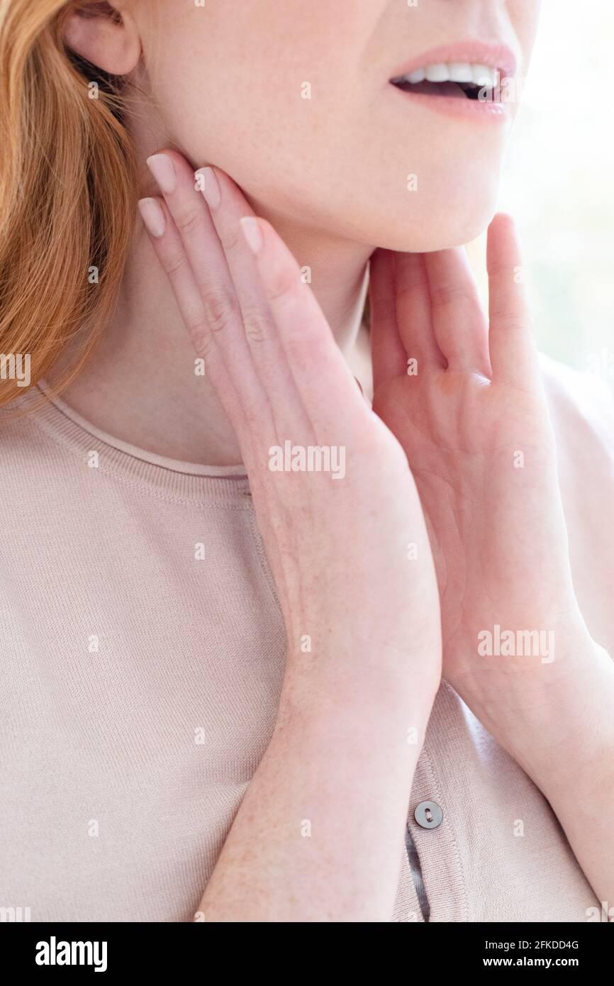 Frau schwanger lymphknoten leiste geschwollene geschwollene Lymphknoten
