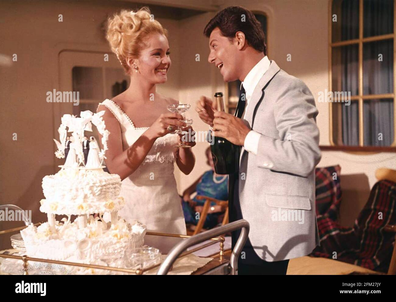 I'LL TAKE SWEDEN 1965 United Artists Film mit Tuesday Weld Und Frankie Avalon Stockfoto