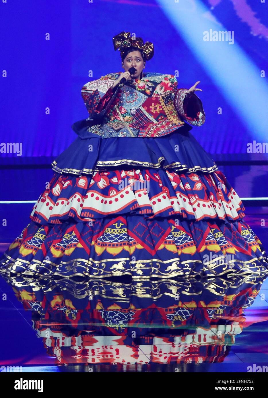 Rotterdam, Niederlande. Mai 2021. Die russische Sängerin Manizha tritt bei der Generalprobe für das erste Halbfinale des Eurovision Song Contest 2021 in der Ahoy Arena in Rotterdam auf. Quelle: Vyacheslav Prokofyev/TASS/Alamy Live News Stockfoto