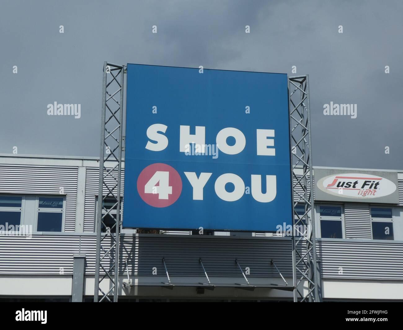 Köln, Deutschland. Mai 20. Logo, Schriftzug von Shoe 20 You ...