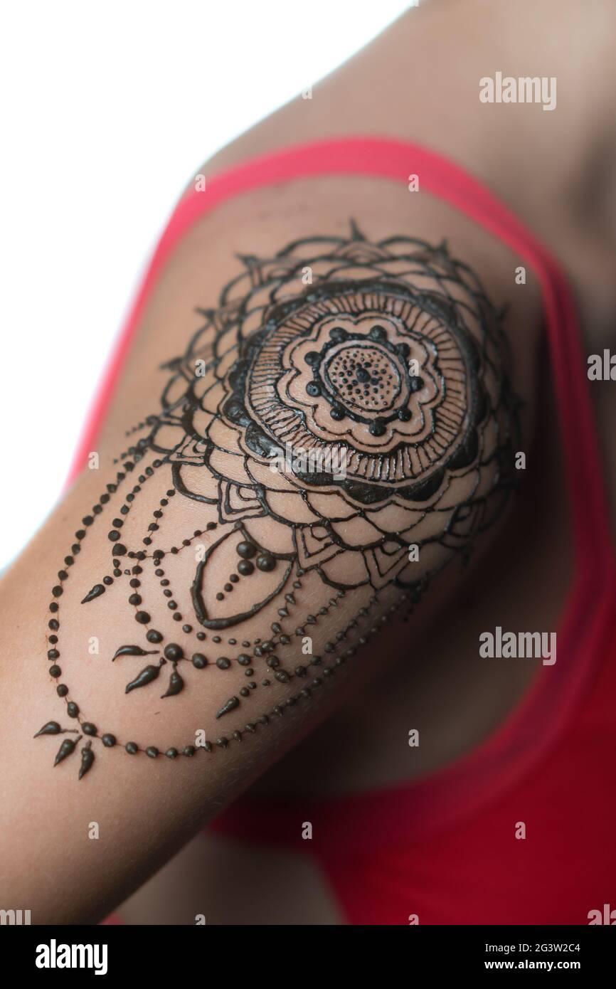 Frauen schulter tattoo 250+ Tattoos