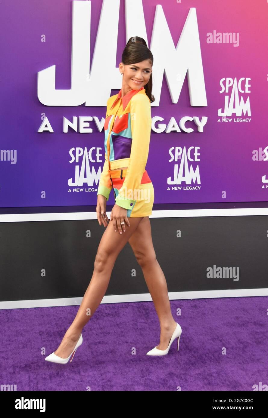 Los Angeles, Kalifornien, USA 12. Juli 2021 die Schauspielerin Zendaya nimmt an der Weltpremiere von Warner Bros. Picturs 'Space Jam: A New Legacy' im Regal L.A. Teil LIVE at 800 W. Olympic Blvd on July 12, 2021 in Los Angeles, California, USA. Foto von Barry King/Alamy Live News Stockfoto