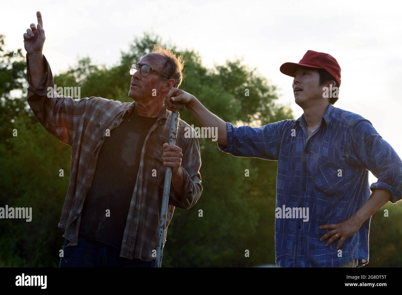 Minari ist ein amerikanischer Drama-Film aus dem Jahr 2020, der von Lee Isaac Chung geschrieben und Regie geführt wurde. Die Stars sind Steven Yeun, Han Ye-ri, Alan Kim, Noel Kate Cho, Youn Yuh-jung, Und will Patton. Eine semi-autobiographische Aufnahme von Chungs Erziehung, Dieses Foto ist nur für den redaktionellen Gebrauch bestimmt und unterliegt dem Copyright des Filmunternehmens und/oder des Fotografen, der vom Film- oder Produktionsunternehmen beauftragt wurde, und kann nur durch Publikationen im Zusammenhang mit der Bewerbung des oben genannten Films reproduziert werden. Eine obligatorische Gutschrift an das Filmunternehmen ist erforderlich. Der Fotograf sollte auch bei Bekanntwerden des Fotos gutgeschrieben werden. Stockfoto