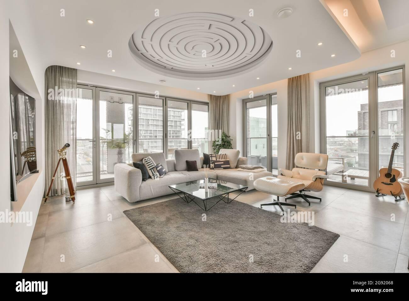 Luxus und schöne Wohnzimmer Innenarchitektur Stockfotografie   Alamy