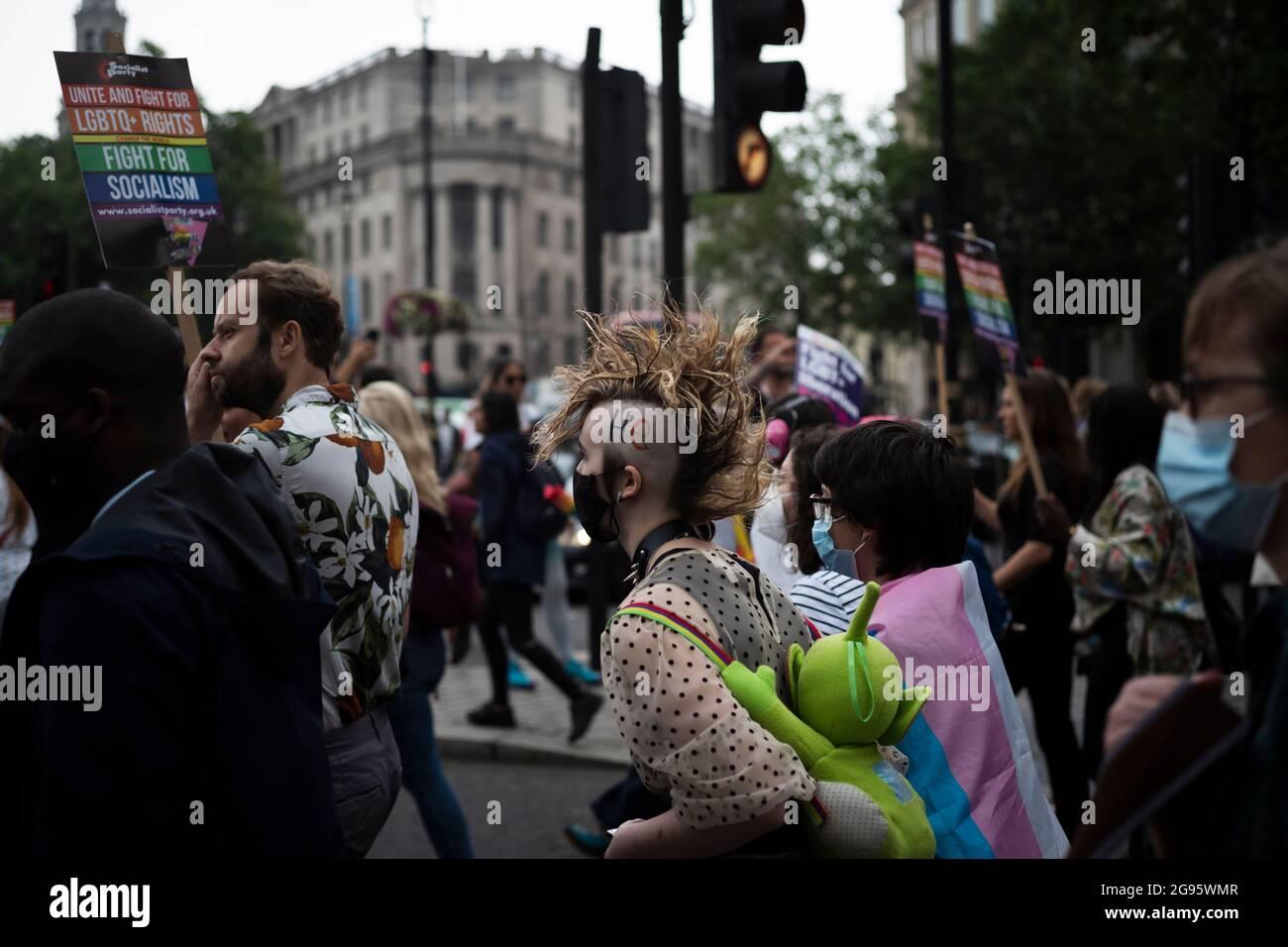 Trafalgar Square Nude. | In Londons Trafalgar Square