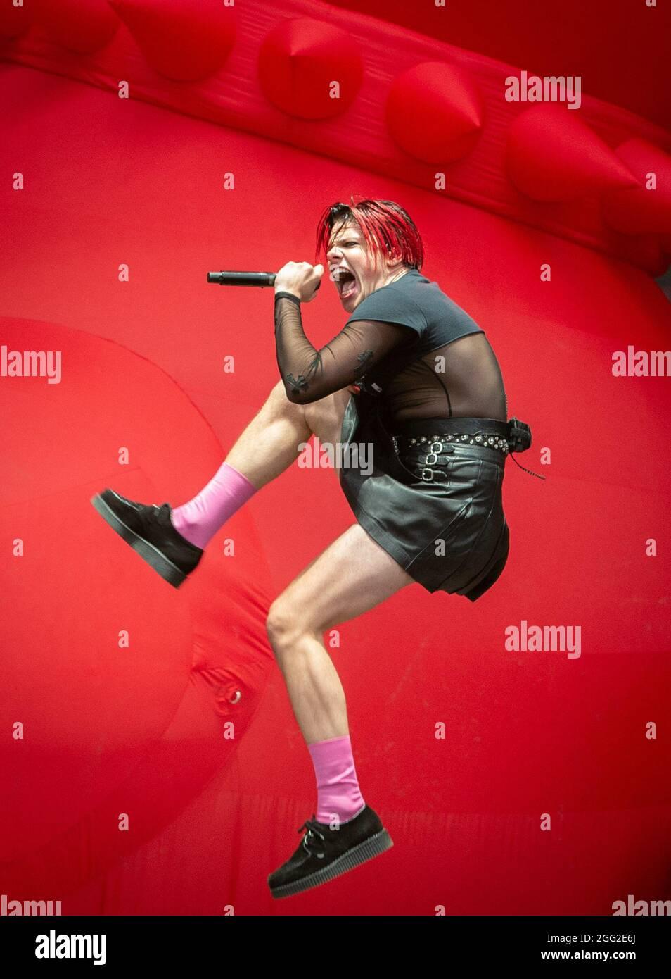 Leeds, Großbritannien, 27. August 2021. Im Bild Yungblud beim Leeds Festival. Kredit Katja Ogrin/Alamy Stockfoto