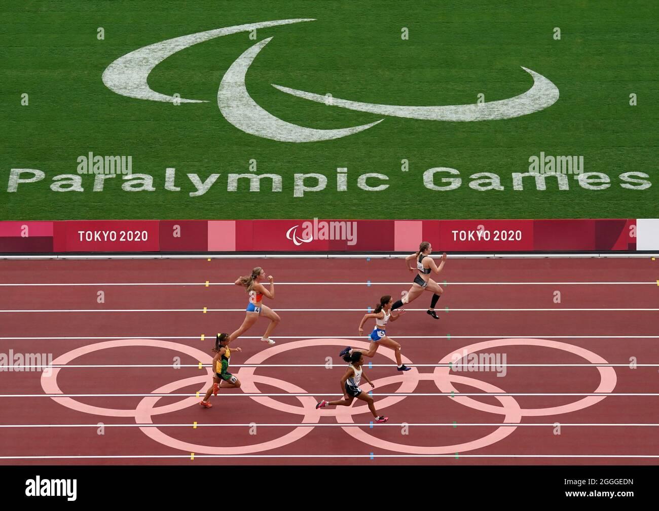 Die Neuseeländerin Danielle Aitchison ist auf dem Weg zum Gewinn der 100 m T36 Heat 1 der Frauen im Olympiastadion am achten Tag der Paralympischen Spiele in Tokio 2020 in Japan. Bilddatum: Mittwoch, 1. September 2021. Stockfoto