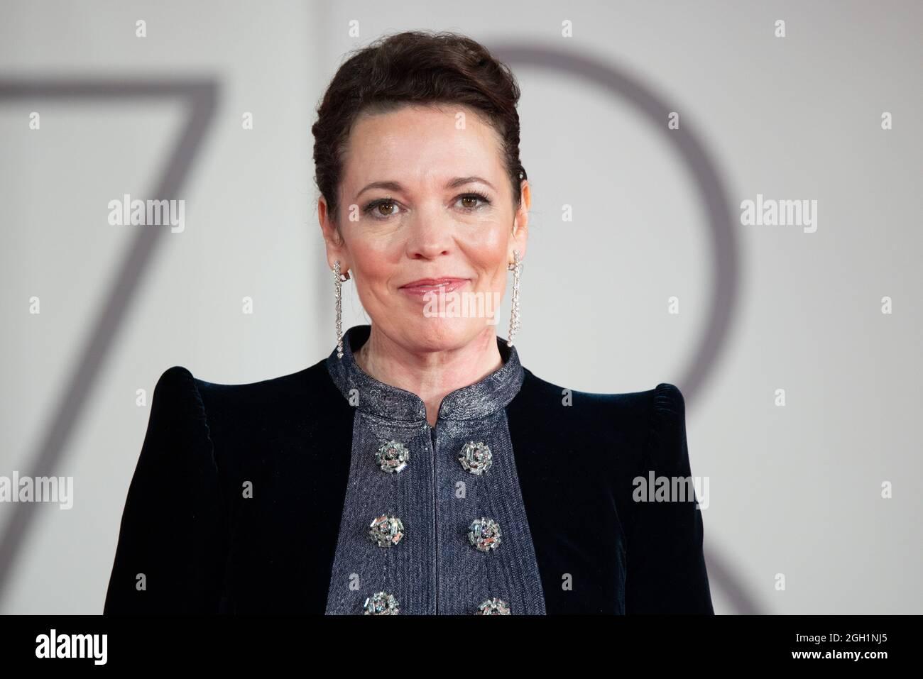 """Olivia Colman besucht den roten Teppich des Films """"The Lost Daughter"""" während der 78. Internationalen Filmfestspiele von Venedig am 03. September 2021 in Veni Stockfoto"""