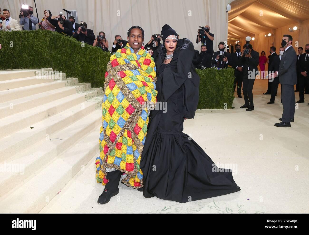 New York, USA. September 2021. Rihanna und ASAP Rocky nehmen am 13. September 2021 an der Benefit Gala 2021 des Metropolitan Museum of Art Costume Institute in New York City, NY, USA Teil. Foto von Charles Guerin/ABACAPRESS.COM Quelle: Abaca Press/Alamy Live News Stockfoto