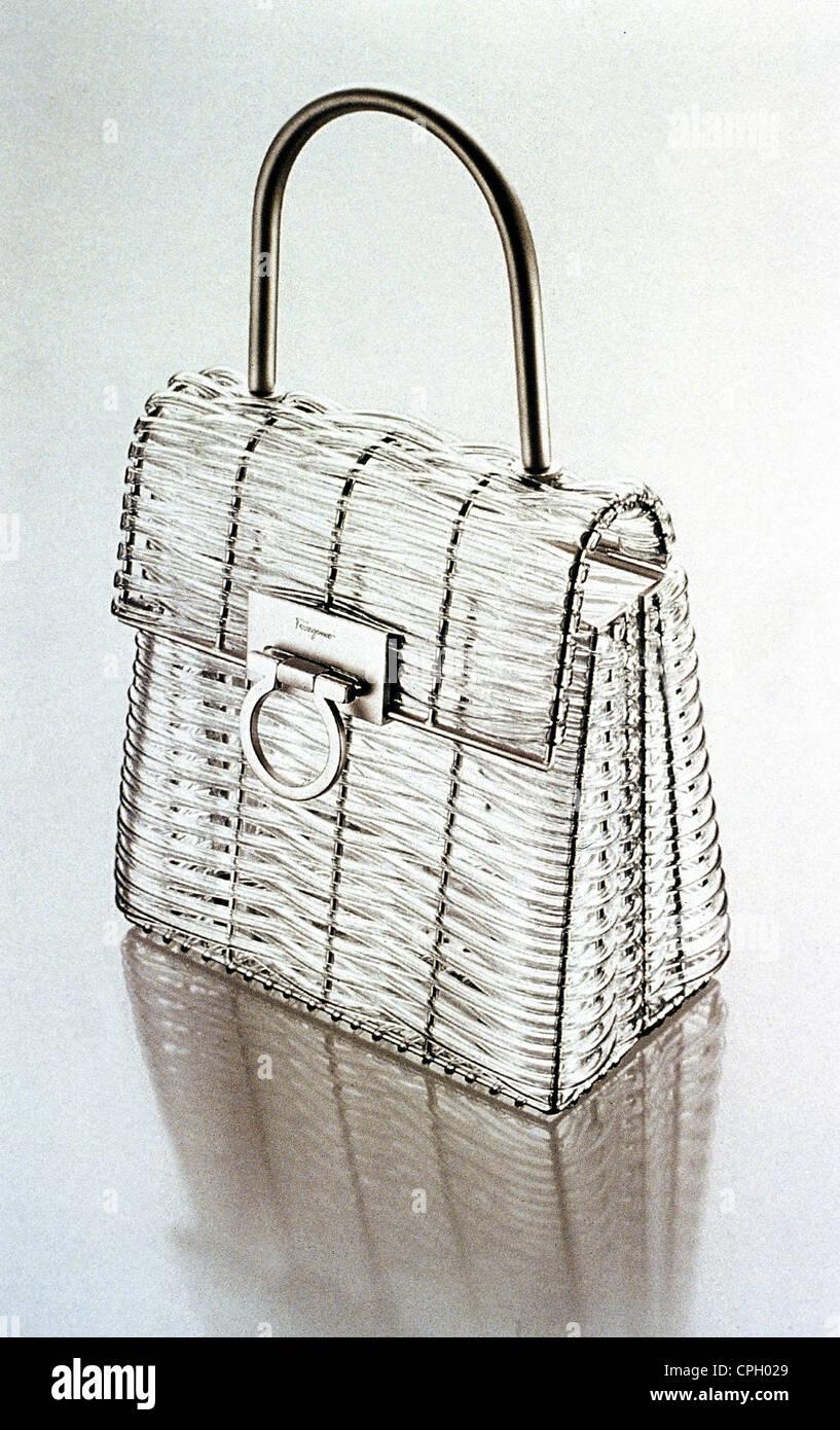 Mode Accessoires Taschen Kleine Graue Satin Handtasche Von