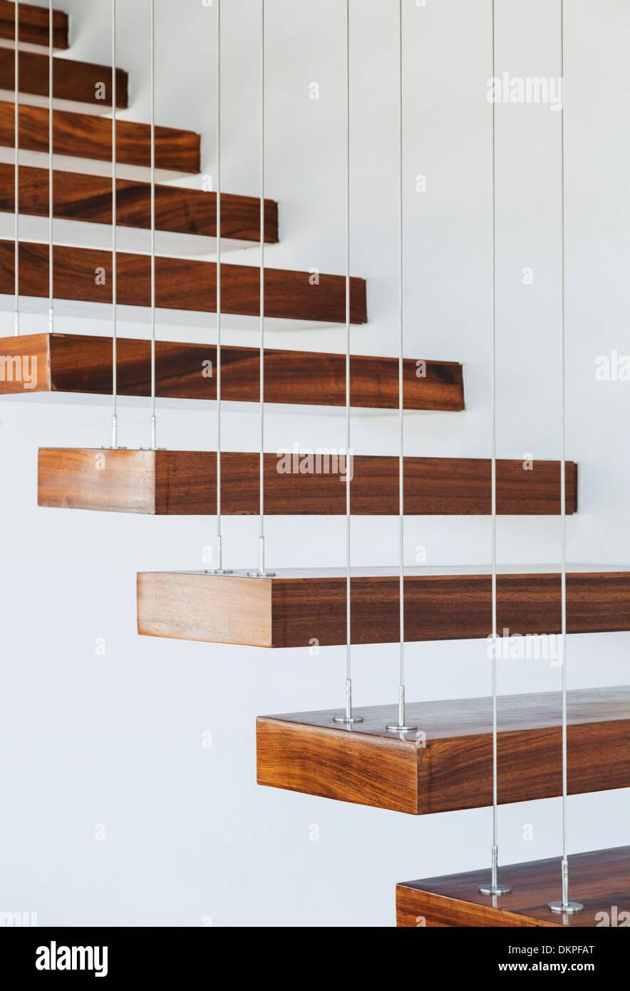 Wunderschön Schwebende Treppe Referenz Von