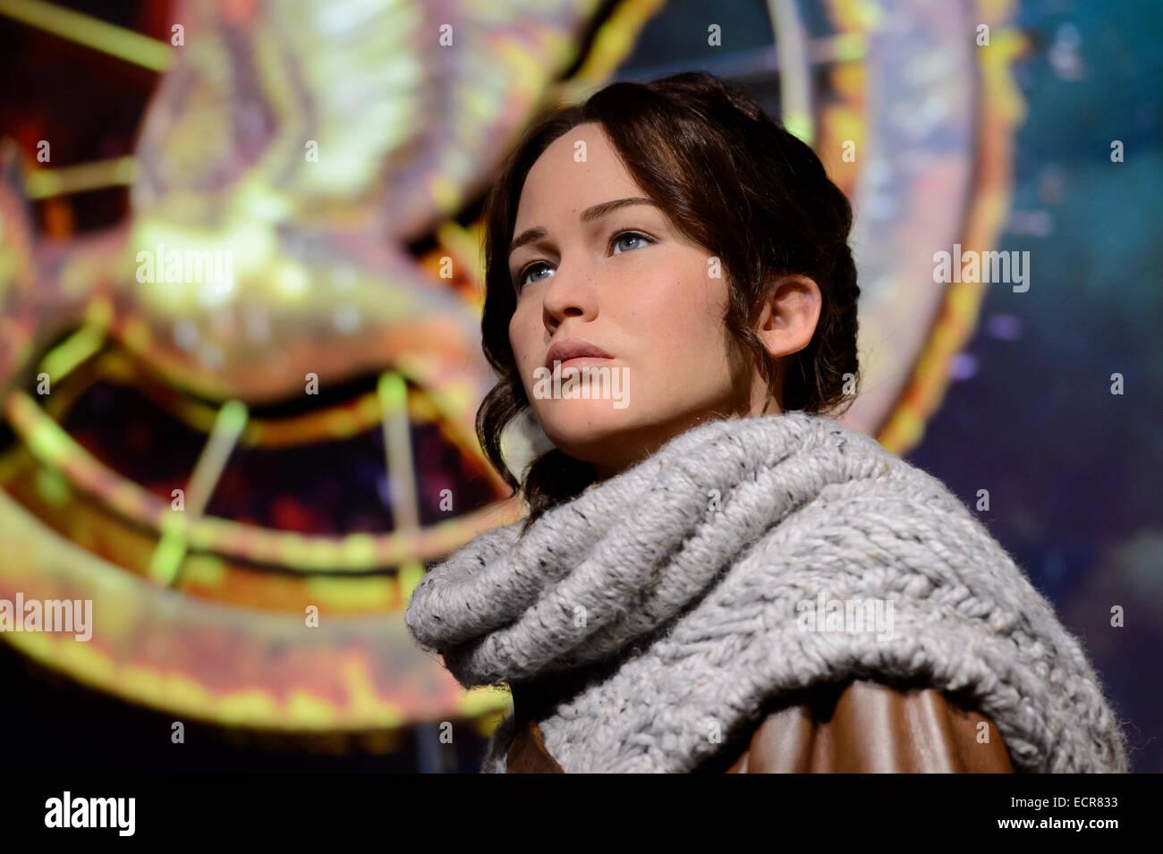 Your place Jennifer lawrence katniss attentively