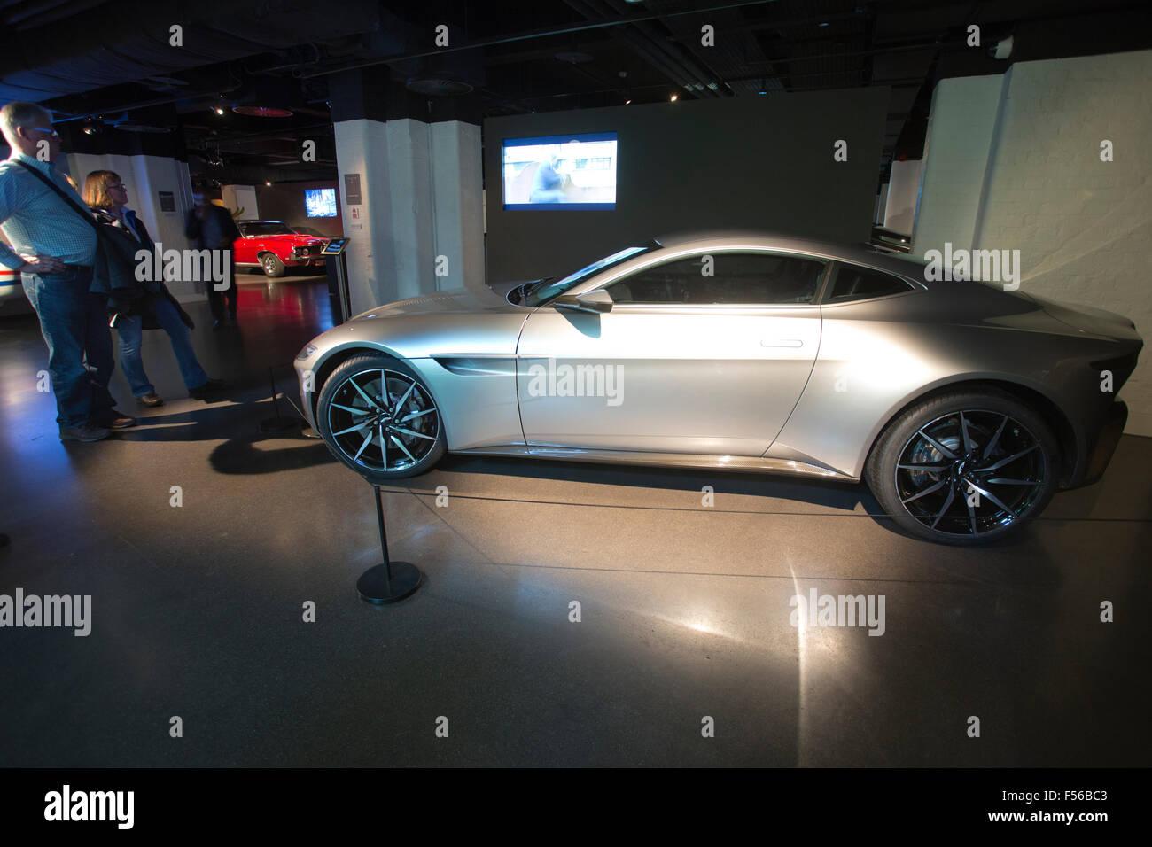 """aston martin db10 sportwagen verwendet in james bond """"spectre"""" 2015"""