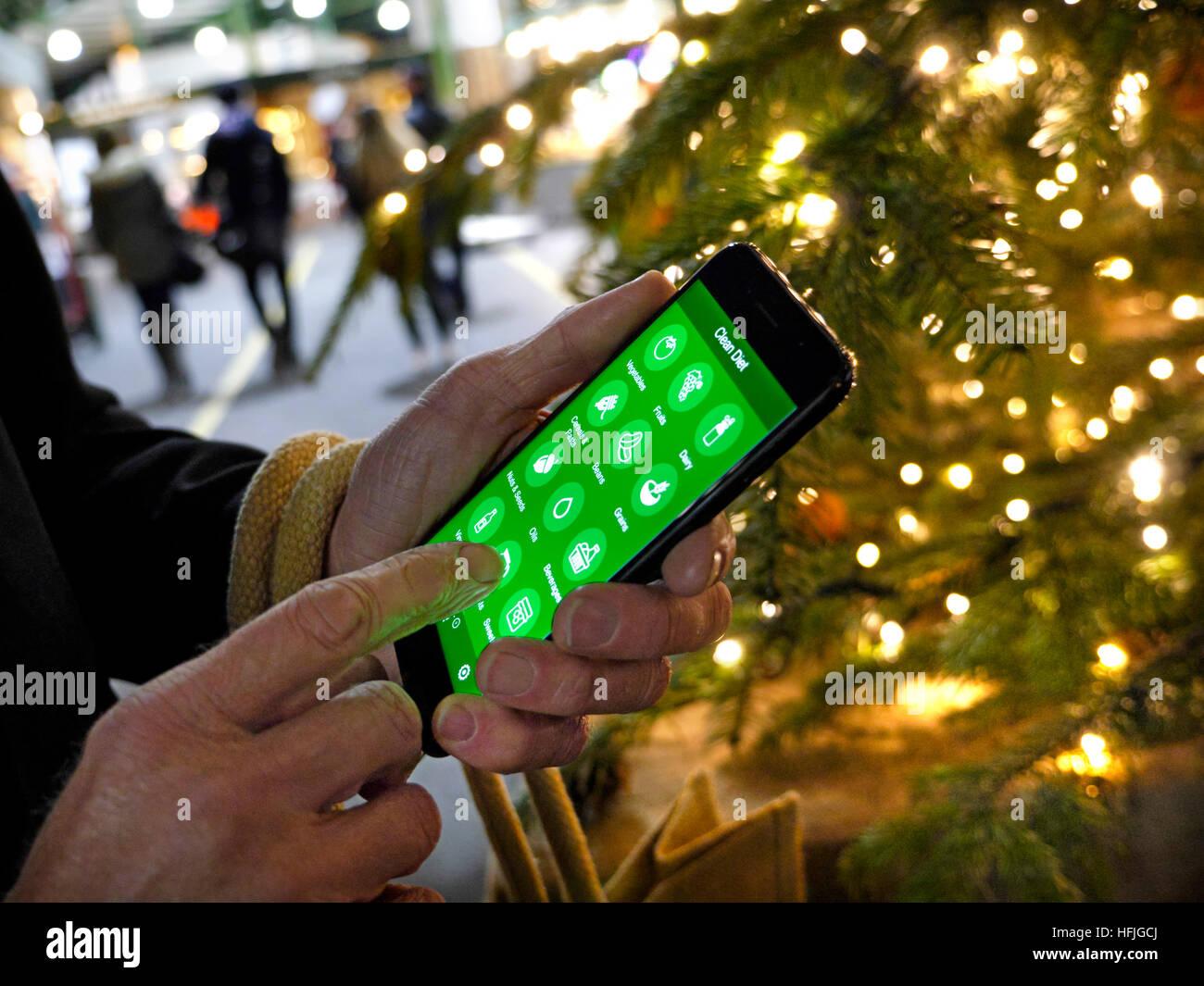 Weihnachten Lebensmittel einkaufen APP Bildschirm des Smartphones ...