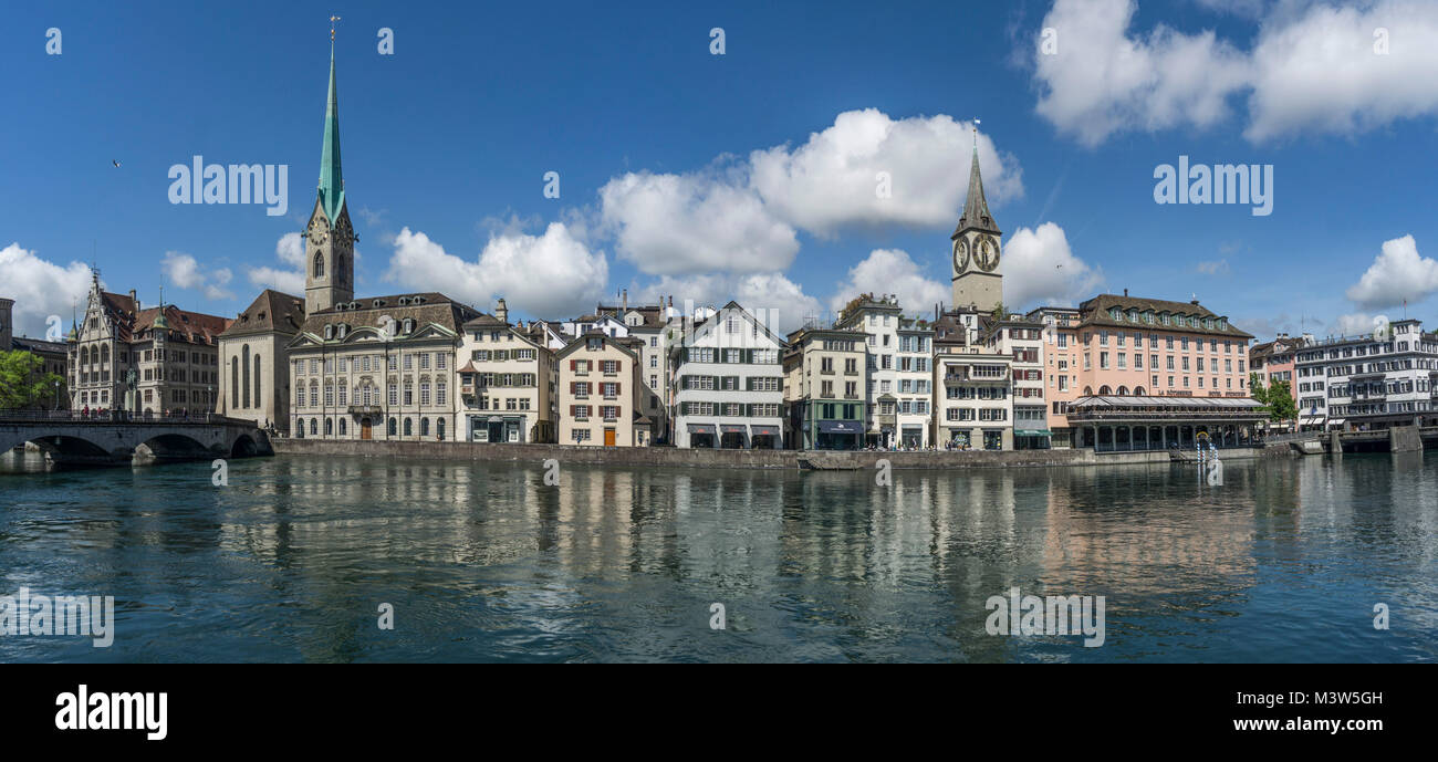 Münsterbrücke, Limmat, Fraumünster, St. Peterskirche, Panorama, Zürich, Schweiz  | Munster bridge, Stockbild