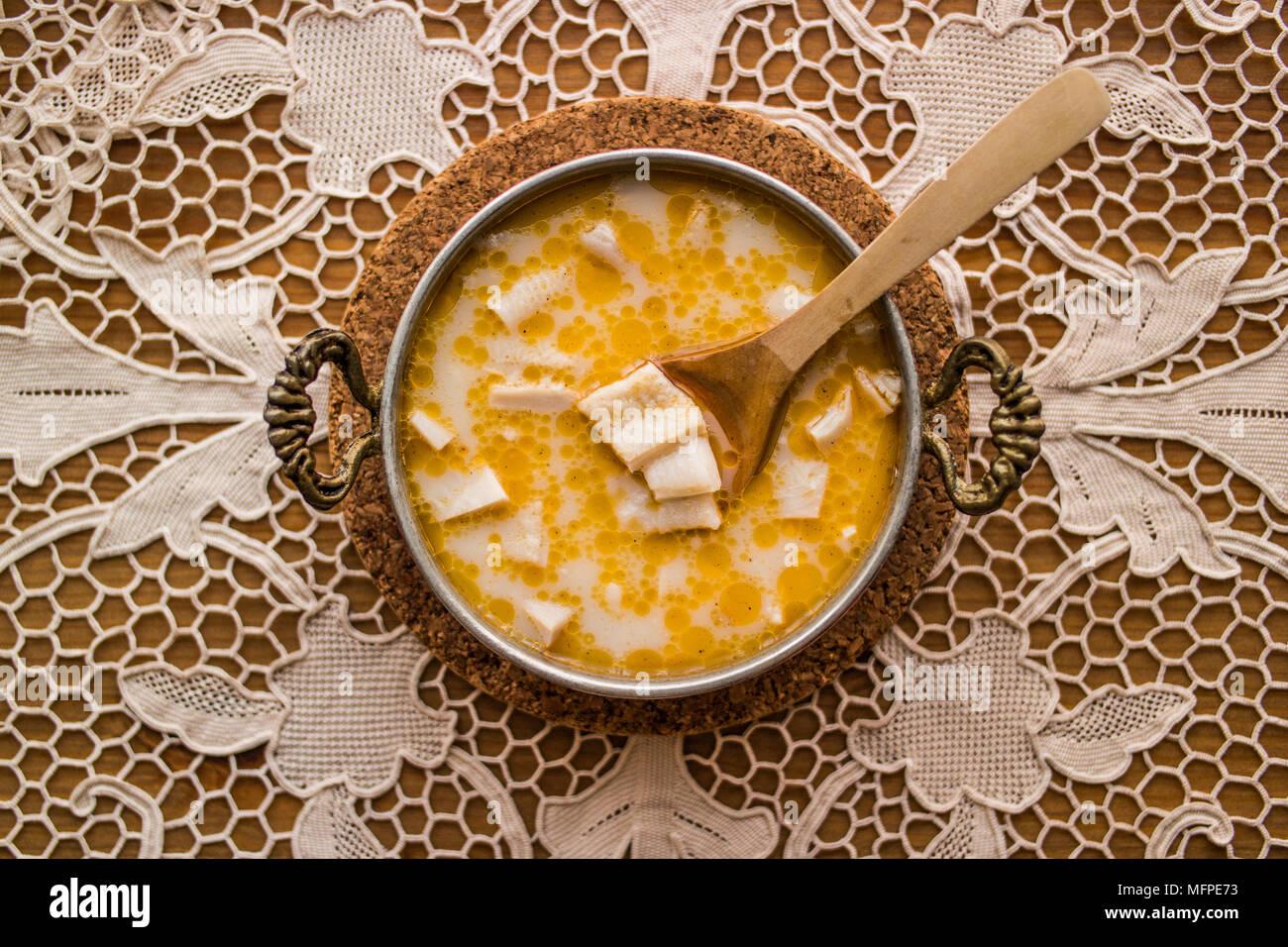 Osteuropäische Küche   Iskembe Kutteln Suppe Ist Eine Gemeinsame Teller In Balkan