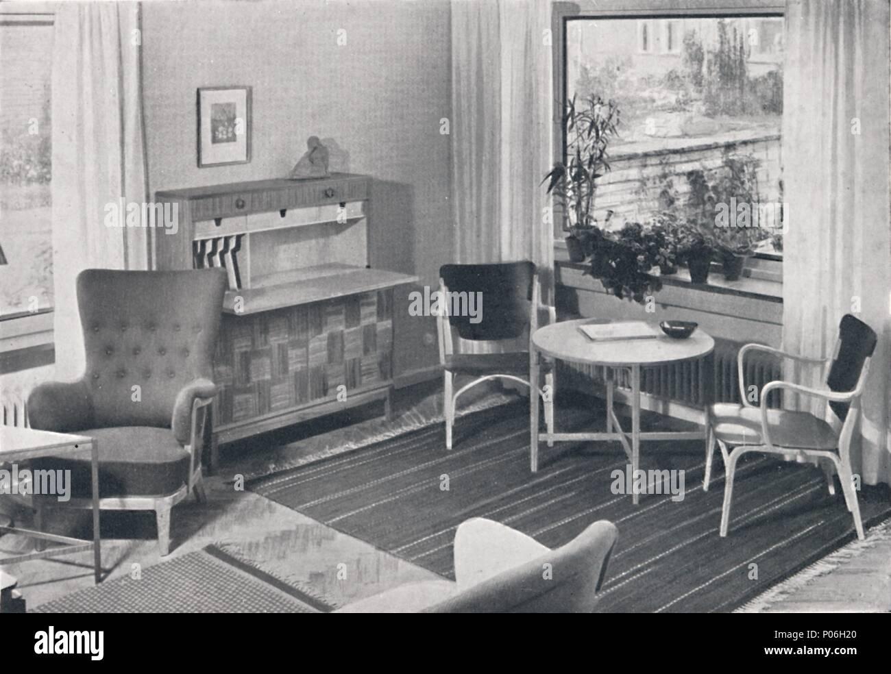 Eine Schwedische Wohn Zimmer Mit Möbeln Von Caarl Axl Acking