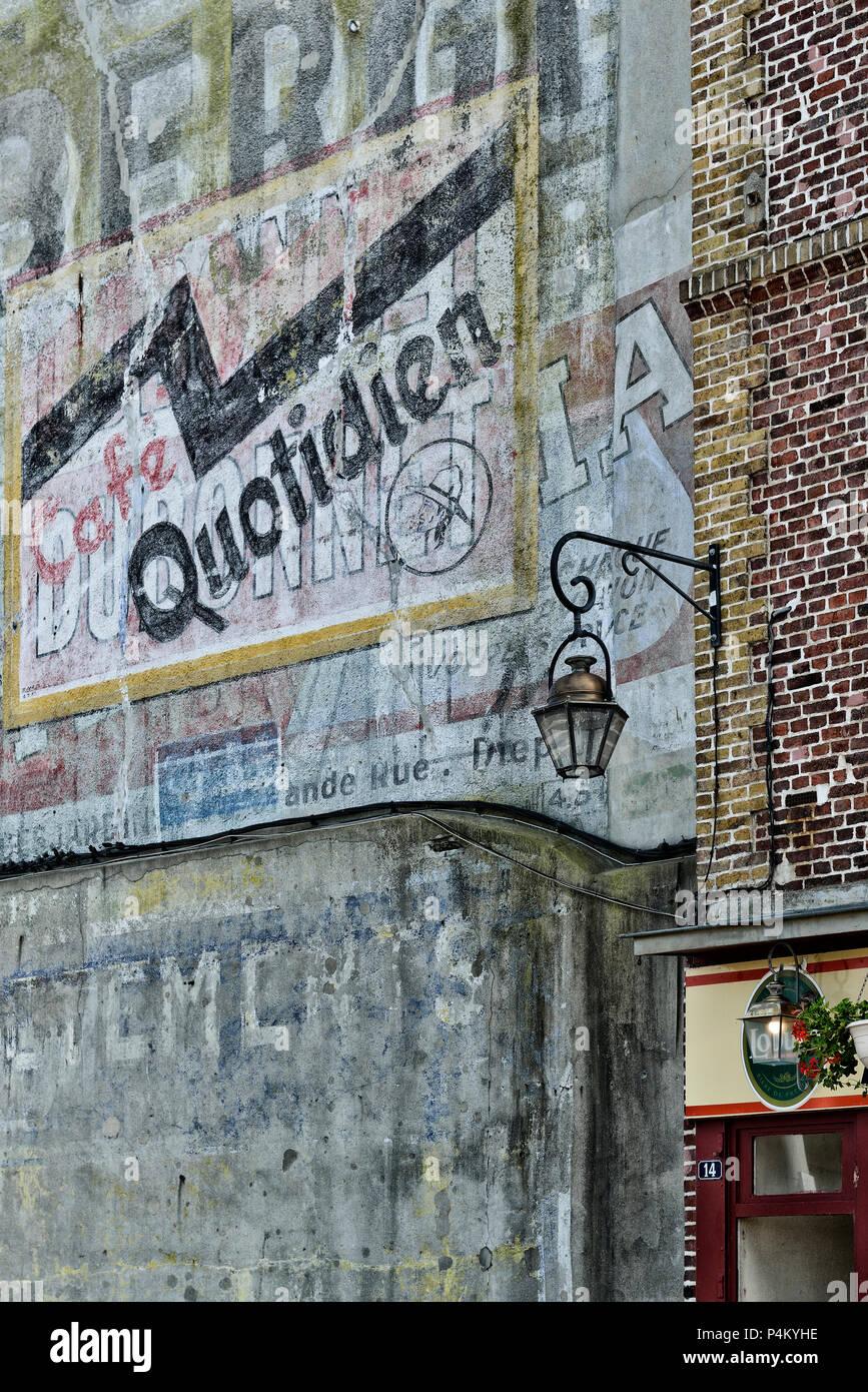 Verblasste Bemalte Wand Werbung Dieppe Normandie Frankreich