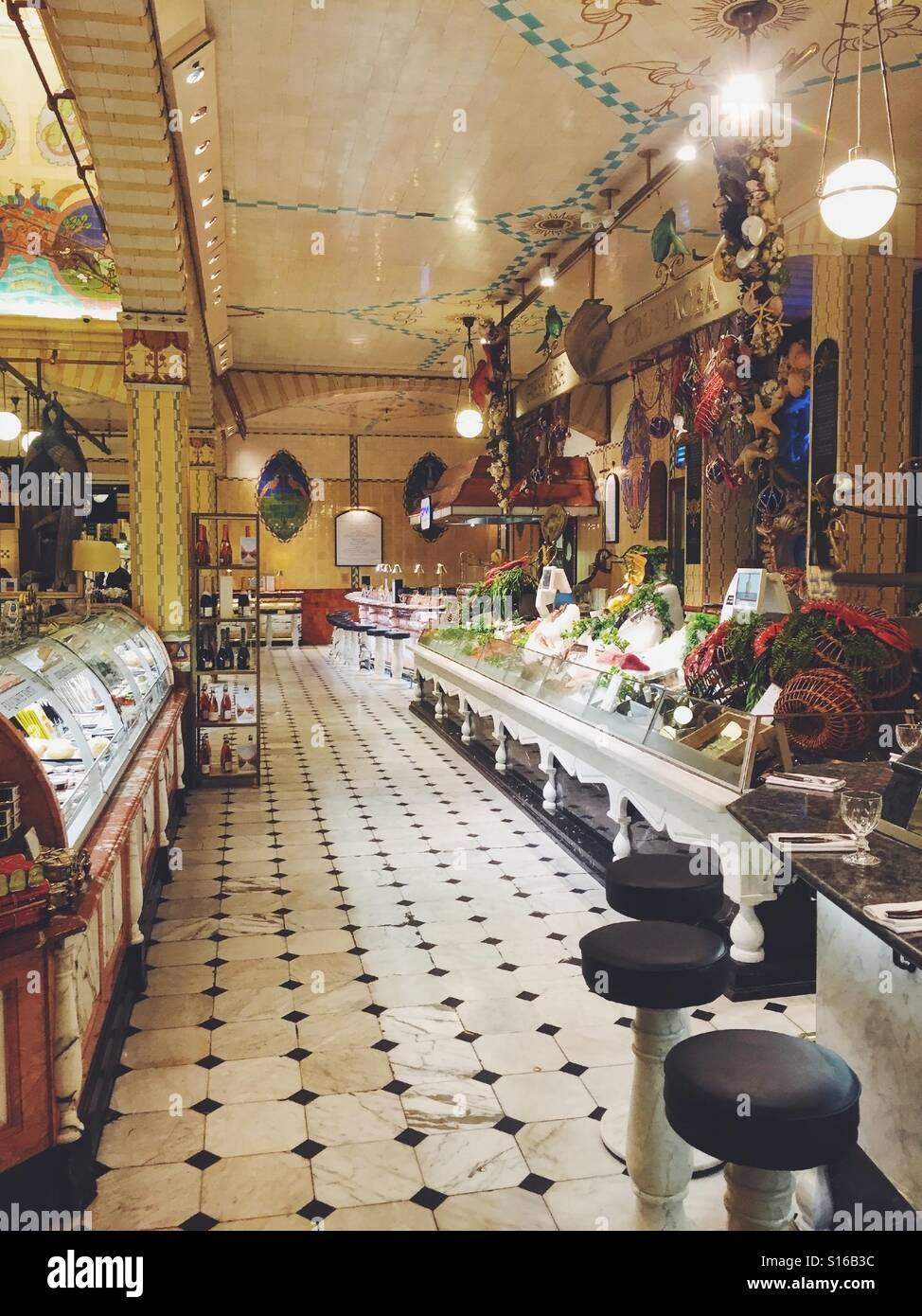 Interieur von Harrods in London UK speichern Stockfoto, Bild ...
