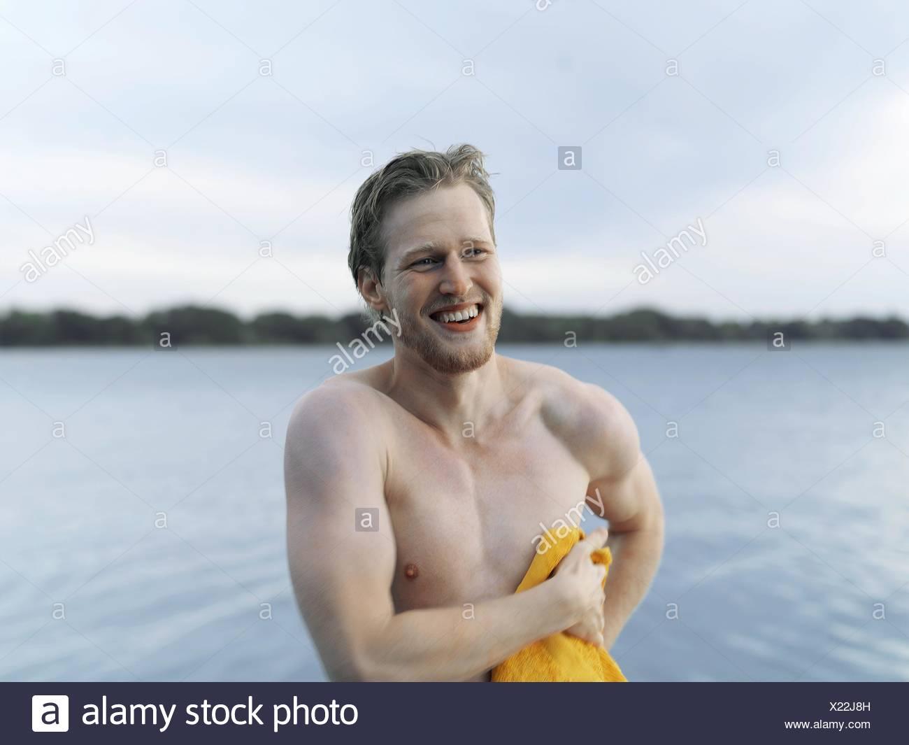 Junge mann nackt photo 4