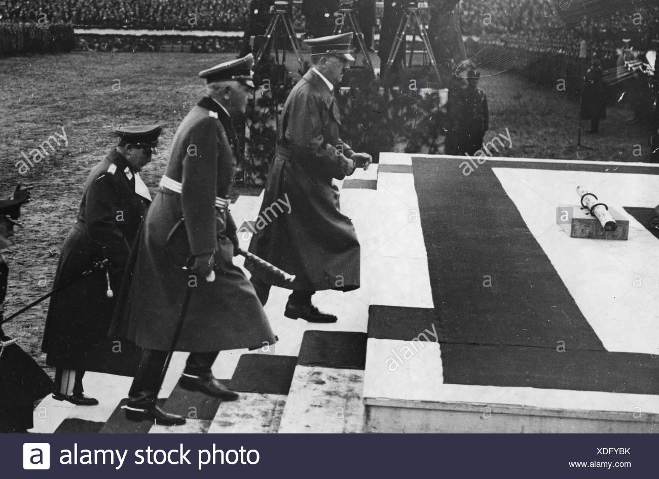 Hitler, Adolf, 20.4.1889 - 30.4.1945, German politician (NSDAP), chancellor 30.1.1933 - 30.4.1945, at the laying of the foundati Stockbild