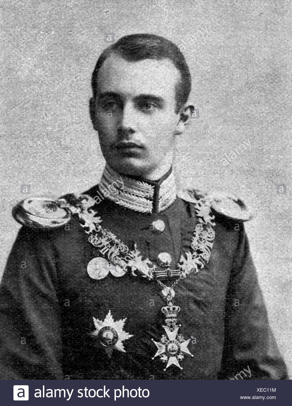 Frederick Francis IV, 9.4.1882 - 17.11.1945, Grand Duke of Mecklenburg-Schwerin, portrait in uniform, after photo by W. Hoeffert Stockbild