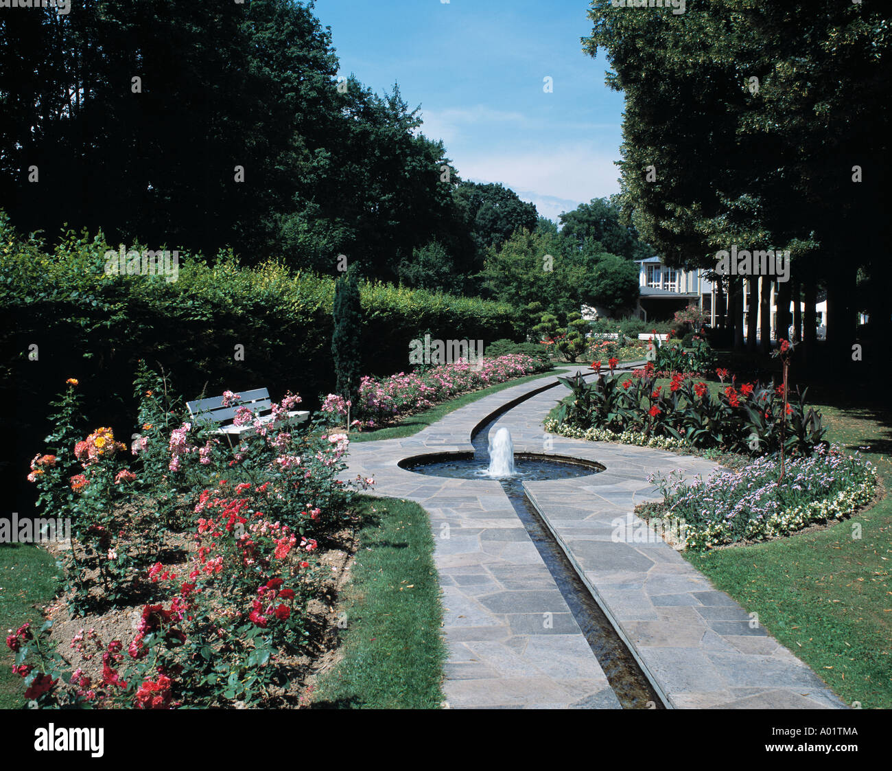 rosenbachlauf im kurpark wasserrinne mit springbrunnen tauber romantische strasse bad. Black Bedroom Furniture Sets. Home Design Ideas