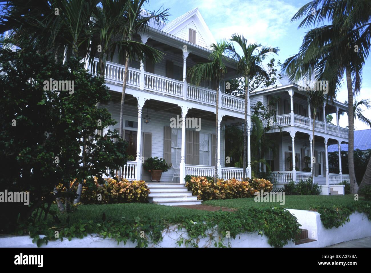 Paar Von Identischen Hausern Im Typischen Stil Key West Florida Usa