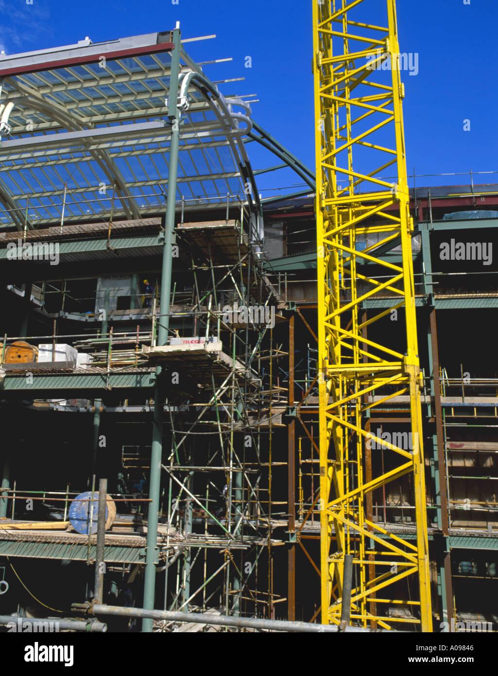 Stahlrohr-Rahmen eines Gebäudes, Monument Mall, zentrale Newcastle ...