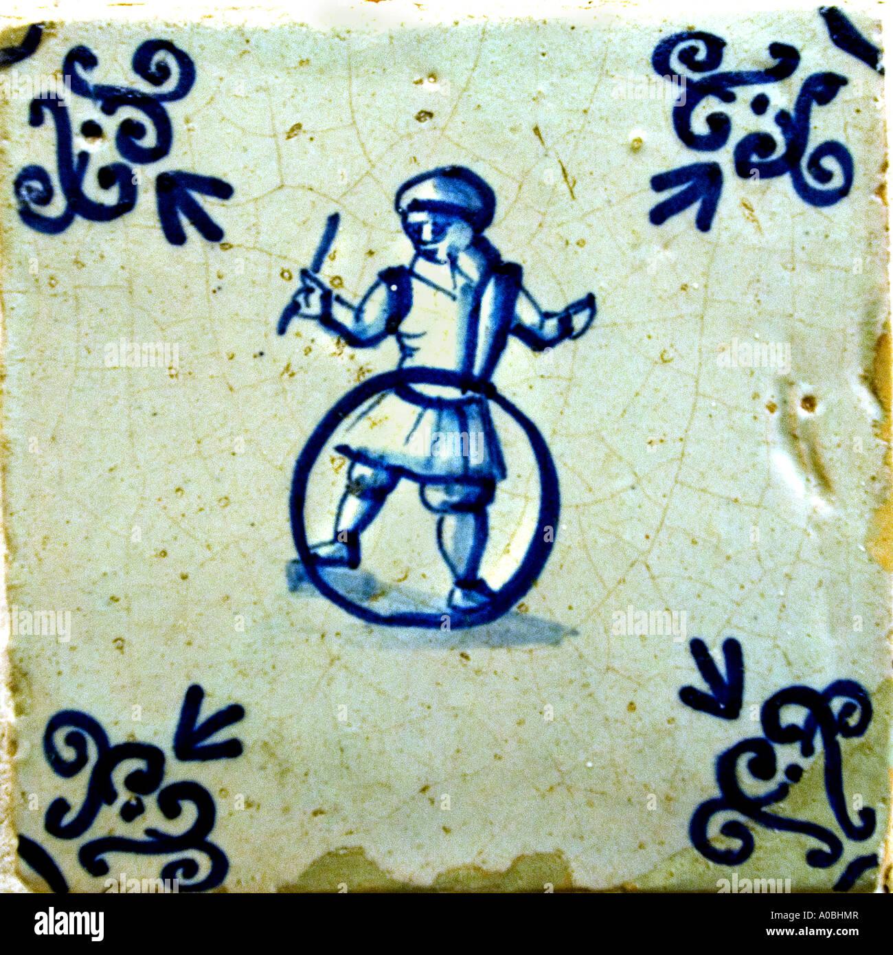 Niederlande Holland Museum blaue Kachel Kacheln Soldat 17. / 18. Jahrhundert Stockbild