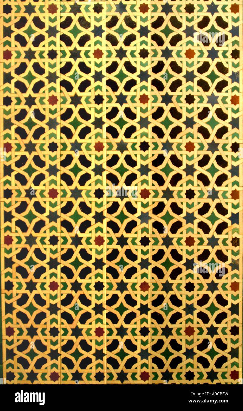 Maurischen Mustern Auf Fliesen Im Ehemaligen Maurischen Festung - Andalusische fliesen