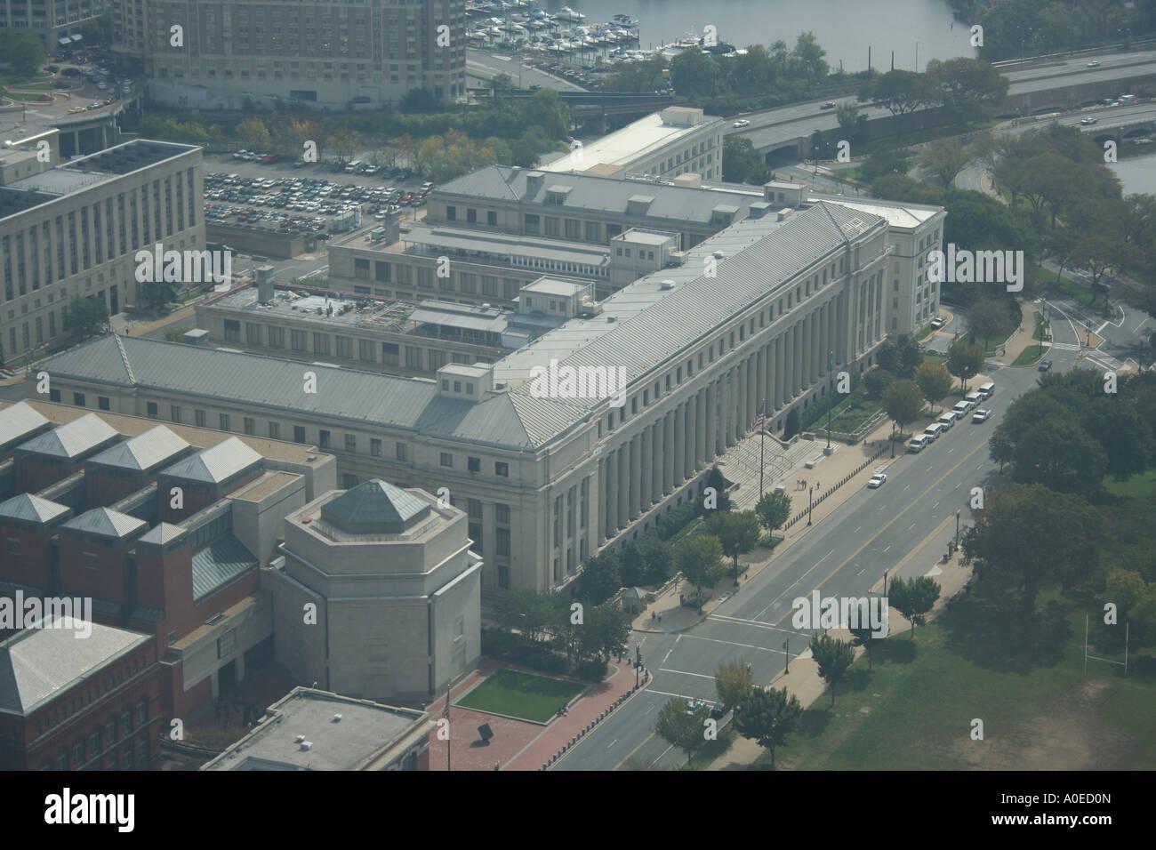 Luftaufnahme des bureau of gravur und druck von spitze des
