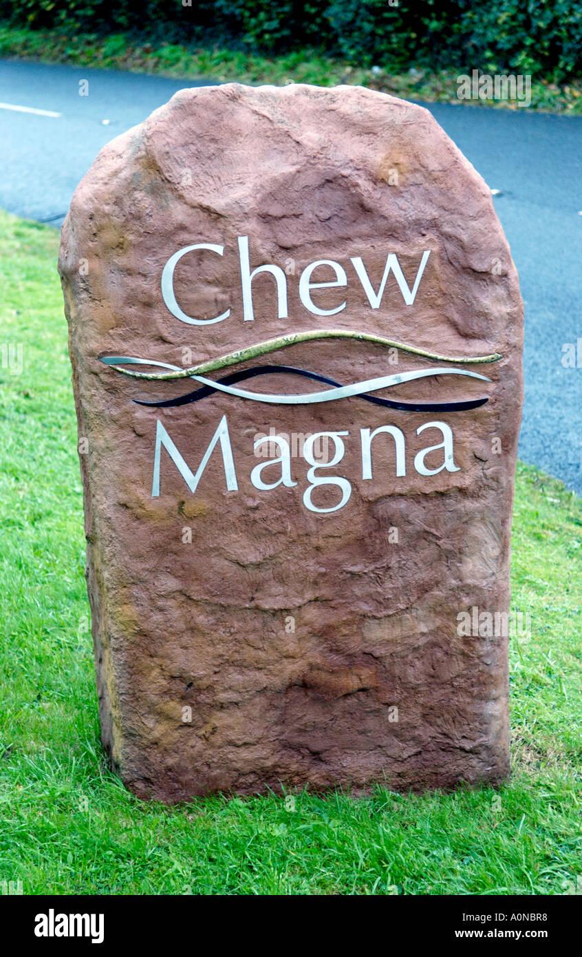 Am Straßenrand Zeichen am Stadtrand von Chew Magna in der Nähe von Bristol England UK Stockbild