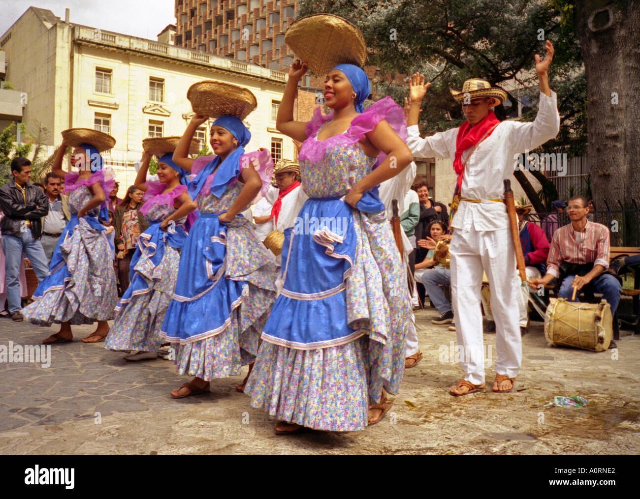 Lateinische Frauen schwarze Männer