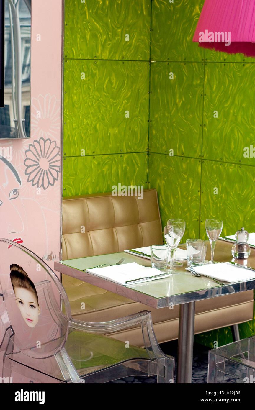 Modern Restaurant Interior Stockfotos & Modern Restaurant Interior ...