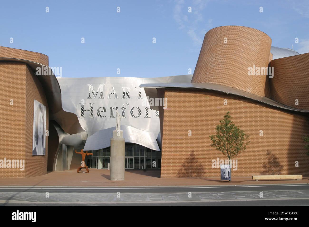 Marta Museum Für Moderne Möbel Kunst Und Design Deutschland