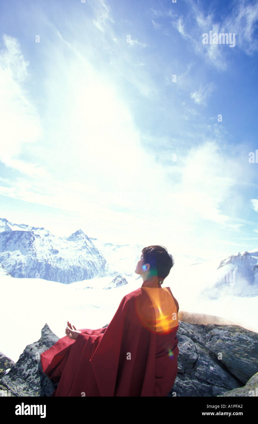Frau zu meditieren Stockbild