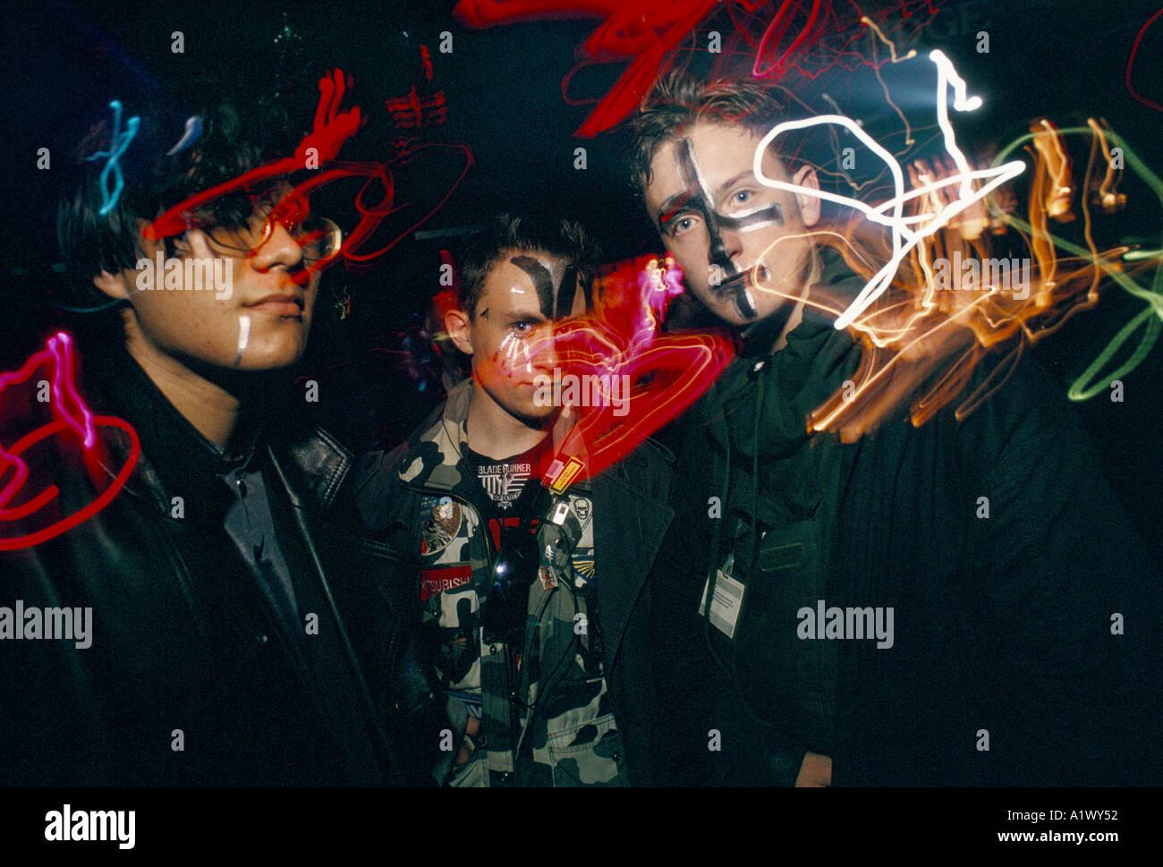 Kühlschrank Punk : Cyber punk nacht kÜhlschrank stockfoto bild alamy