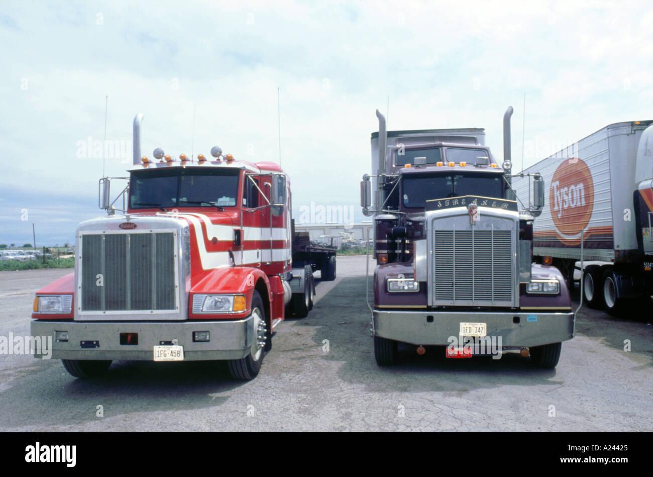 peterbilt american truck stockfotos peterbilt american. Black Bedroom Furniture Sets. Home Design Ideas