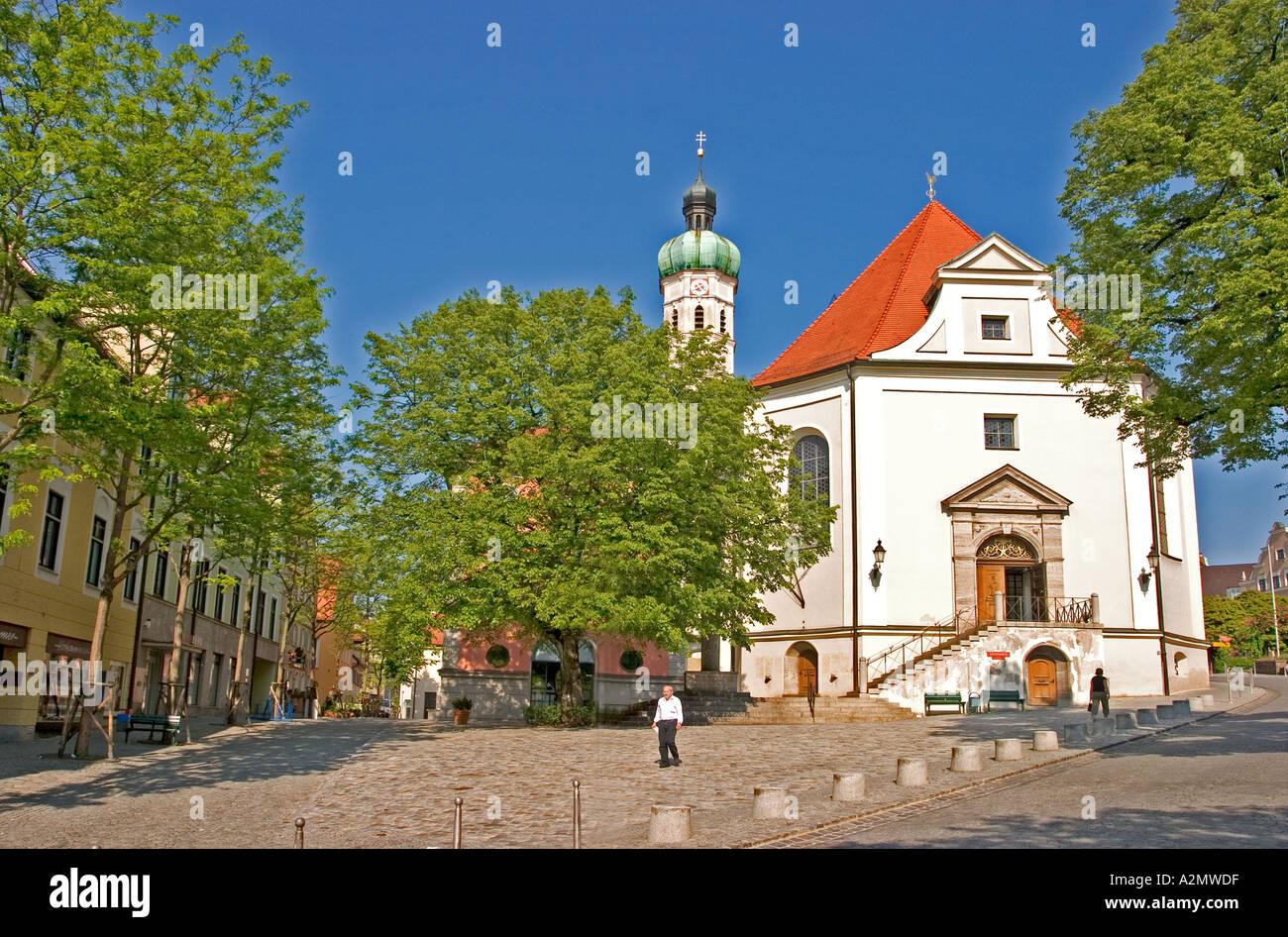 Dachau Weihnachtsmarkt.Germany Upper Bavaria Dachau Church Stockfotos Germany