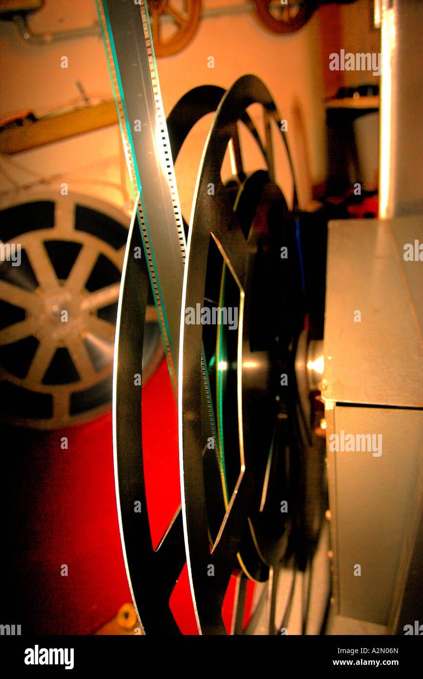Royalty-Kino im Inneren Vorführraum & Filmvorführer & Projektor Stockbild