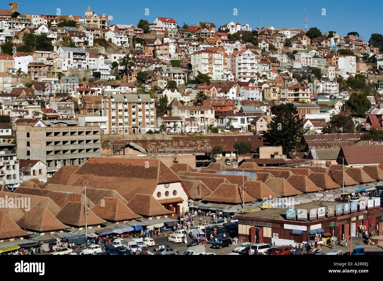 antananarivo die stadt der tausend ist die hauptstadt. Black Bedroom Furniture Sets. Home Design Ideas
